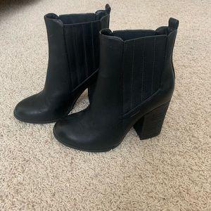 Black Botties